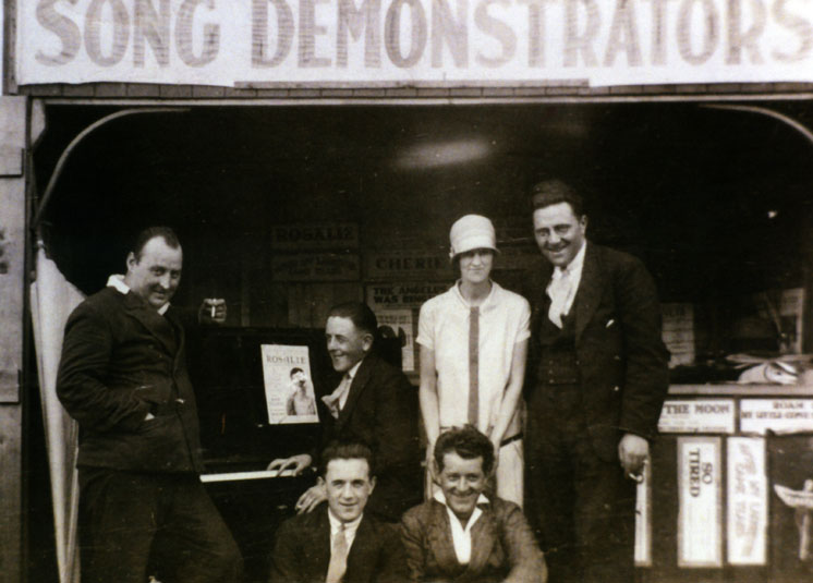 Billy Scarrow and the Song Demonstrators, Redcar